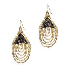 Rock out with this fun pair bead and chain earrings! Seven bold and gleaming gold nugget chains hang from a triangle of black beads, making Ellie a must-have! Love this! Found it on the bohemian trunk