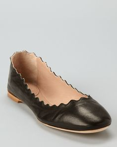the perfect flat - Chloé Flats - Scalloped Ballerina | Bloomingdale's