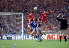 Mark Lawrensen (left) and Alan Hansen of Liverpool (right) rise above everyone during the FA Cup Final between Liverpool and Everton at Wembley Stadium on May 1986 in London, England. Liverpool Football Club, Liverpool Fc, Fa Cup Final, Wembley Stadium, Rise Above, Everton, Finals, London England, Final Exams