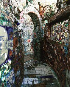 #philly #philadelphia #magicgardensphiladelphia #modertart #art #phillygram #philadelphiagram #recycling