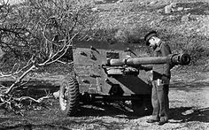 17 Pounder Anti-Tank Gun - Development, Design, Production and Performance Historical Pictures, British Army, War Machine, North Africa, A 17, Armed Forces, Troops, Wwii, Guns