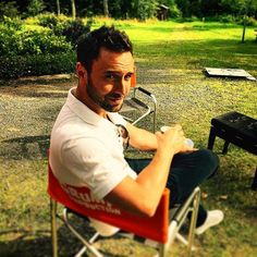 Good morning #MånstersFamily. I wish you all an amazing Monday and keep voting for #Heroes. Love you!