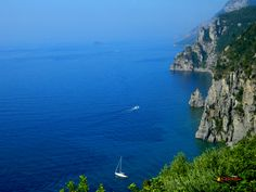 The road from Sorrento  to Positano, Nikon Coolpix L310, 10.2mm,1/400s,ISO125,f/3.8,-07 201507140938