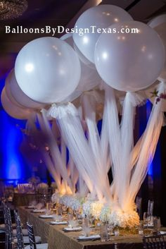 Love these giant balloons with the strings made of tulle. What a gorgeous decoration for your wedding table. Tulle Balloons, Balloons Galore, Large Balloons, Giant Balloons, Wedding Balloon Decorations, Balloon Centerpieces, Wedding Balloons, Wedding Centerpieces, Wedding Table