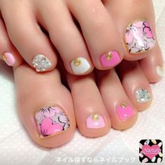 Pin by nail design ideas on toe nail designs in 2019 ногти, Pretty Pedicures, Pretty Toe Nails, Cute Toe Nails, Gem Nails, Pink Nails, Hair And Nails, Foot Pedicure, Pedicure Nail Art, Toe Nail Color
