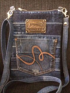 Crossover Bags, Fabric Crafts, Denim Jeans, Upcycle, Sewing Patterns, Tote Bag, Repurposing, Handicraft, Projects