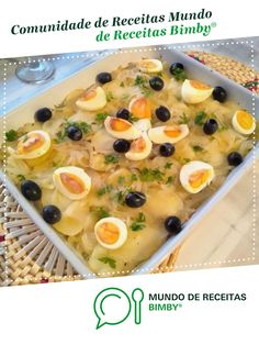 Seafood Recipes, Cantaloupe, Fruit, Kitchen, Strawberry Pots, Cod Fish Recipes, Portuguese Food, Meal Recipes, 4 Ingredients