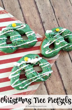 Get a sweet & salty fix this holiday season with these fun Christmas Tree pretzels! They're a fun Christmas snack idea to make with the kids!