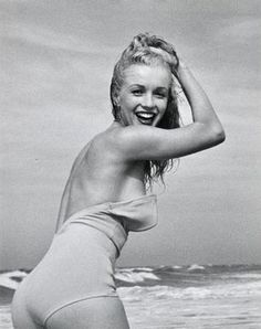 (1) @ethan1960/movie / Twitter Norma Jean Marilyn Monroe, Marilyn Monroe Photos, Hollywood Actresses, Old Hollywood, Stars D'hollywood, Actrices Hollywood, Norma Jeane, Vintage Glamour, Up Girl