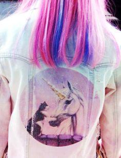 Pink/purple hair and unicorns? Fucking win.