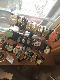 We love jewelry and watches!