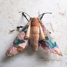 Soft sculpture moth. Unique textile art. van MisterFinch op Etsy
