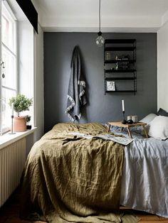 Cores neutras, muita textura, plantas e móveis simples são alguns elementos-chave para um décor minimalista como o escandinavo.