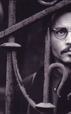 Johnny Depp in The Ninth Gate