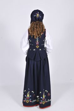 Lofotbunad - Google-søk Victorian, Google, Dresses, Fashion, Vestidos, Moda, Gowns, Fasion, Dress