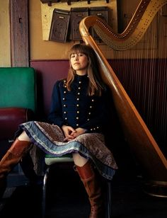 Joanna Newsom (Photographer: Paul Trapani)