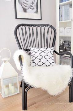 White featherdream