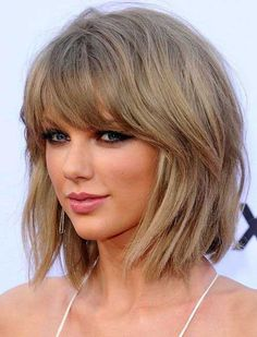 36 New Trendy Bob Hairstyles with Bangs Informations About 36 Neue Trendige Bob Frisuren Mit Pony Pi Bob Hairstyles With Bangs, Layered Bob Hairstyles, Short Hairstyles For Women, Popular Hairstyles, Short Hair Cuts For Women With Bangs, Medium Bob With Bangs, Mommy Hairstyles, Medium Blonde, 2015 Hairstyles