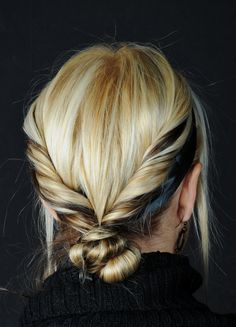 Hair twist bun
