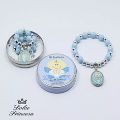 Souvenirs Bautismos Comunion Denarios Con Lata Personalizada - $ 45,00 Baptism Favors, Baptism Party, Boy Baptism, Christening Giveaways, Baby Shower Souvenirs, Fc B, Craft Box, Precious Moments, Baby Accessories