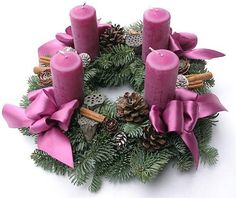 Adventi koszorú Advent Candles, Pillar Candles, Christmas Wreaths, Xmas, Wood Crafts, Table Decorations, Holiday Decorations, Modern, Handmade