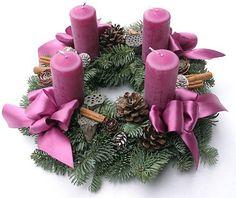 Adventi koszorú Advent Candles, Pillar Candles, Christmas Wreaths, Xmas, Wood Crafts, Table Decorations, Holiday Decorations, Modern, Diy