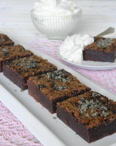 lakritskladdkaka4 Cookie Desserts, No Bake Desserts, Cookie Recipes, Dessert Recipes, Grandma Cookies, Bun Recipe, Everyday Food, Something Sweet, Cakes And More