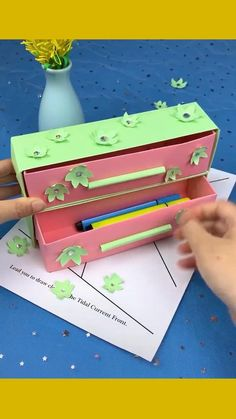 DIY: Double storage box Origami Paper Crafts Origami, Paper Crafts For Kids, Diy Paper, Newspaper Crafts, Box Origami, Origami Art, Origami Rose, Origami Flowers, Diy Crafts Hacks