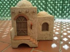 Foro de Belenismo - Anuncios comerciales - particulares -> Complementos de belén en venta Nativity House, Christmas Nativity Scene, Christmas Projects, Christmas Diy, Christmas Decorations, African House, Beaded Christmas Ornaments, Ceramic Houses, Fairy Houses