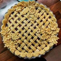 #crust #piecrust #jam #cherry #homemade #sweet #tastyfood #kitchen #yummy Yummery - best recipes. Follow Us! #tastyfood Pie Dessert, Dessert Recipes, Beautiful Pie Crusts, Pie Crust Designs, Pie Decoration, Good Pie, Holiday Pies, Pie Crust Recipes, Sweet Pie