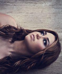I like her long hair! :)