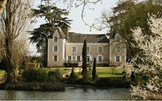 "Guide price: £612,000         (CAD$ 1,133,485) Imagine the pool (pond) parties at this place.  ""Set in six hectares of parkland is a château with a wealth of period features, including stone fireplaces and exposed beams. It has four bedrooms, and there's plenty of attic space which could be converted to create further accommodation.""	Why buy a house in Toronto?						 							 							  							                                   	 	             Last week, I came across an art..."