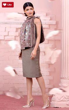 Teena Durrani Taupe Luxury Pret Contemporary 2017 #Teena Durrani #Teena DurraniTaupe #Teena DurraniLuxury Pret Contemporary #Teena Durrani2017 #Teena Durranifashion #womenfashion's #fashion #lasdiesfashion #style #fashion #womenfashion Whatsapp: 00923452355358 Website: www.original.pk