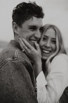 Claire + Jordan // Utah Desert Engagements - Montana Lee Photography Source by Cute Couples Goals, Funny Couples, Funny Couple Pics, Cute Couples Kissing, Adorable Couples, Couple Photography Poses, Engagement Photography, Vintage Photography, Photography Tips