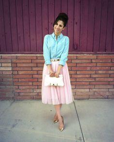 #Modest doesn't men FRUMPY! #DressingWithDignty www.ColleenHammond.com
