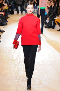 http://www.vogue.com/fashion-shows/fall-2011-ready-to-wear/jil-sander/slideshow/collection