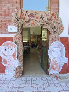 IMG_0639 School Decorations, Dinosaur Decorations, Primary School Displays, Paleolithic Era, Book Corners, Teaching History, Ice Age, Stone Age, Classroom Setup