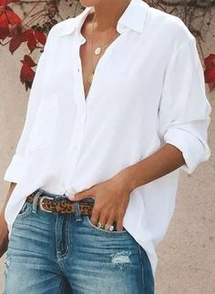 White Shirts Every wardrobe needs this go-to style solution. The perfect must-have to create any outfit and style any day of the week.Every wardrobe needs this go-to style solution. The perfect must-have to create any outfit and style any day of the week. Summer Work Outfits, Spring Outfits, Spring Dresses, Mode Outfits, Fashion Outfits, Womens Fashion, Ladies Fashion, Lolita Fashion, Fashion Ideas