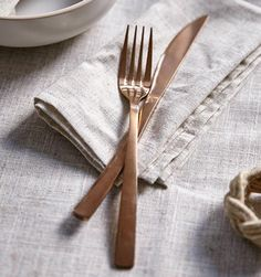 Copper feel of these...we absolutely LOVE this copper cutlery! It's the perfect way to WOW your friends, not only with your cooking skills.
