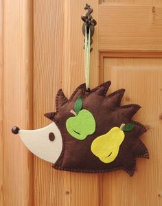 Ježek Bodlinka / Zboží prodejce IS. Hedgehog, Christmas Ornaments, Holiday Decor, Ideas, Home Decor, Art, Art Background, Decoration Home, Room Decor