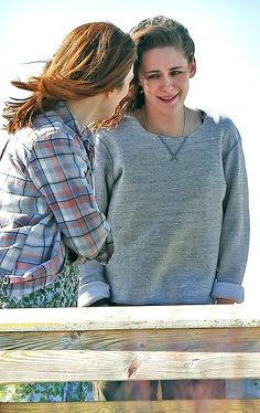 Kristen Stewart and Julianne Moore on Still Alice set, 3/21/14