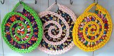 Suportes em Espiral para Panelas ou Travessas em Trapilho (Rag Crochet)