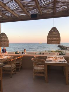 Die schönsten Restaurants mit Meerblick auf Mallorca - COOKIES FOR MY SOUL Dream Vacations, Vacation Spots, Restaurant Mallorca, Hotel Swimming Pool, Rattan Outdoor Furniture, Hotel Interiors, Beautiful Hotels, Restaurants, Outdoor Rooms