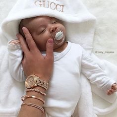 @baby_mayssa wearing her #gogolush watch and bracelets with her gorgeous baby 😍 To purchase this set please email support@gogolush.com Lil Baby, Cute Baby Girl, Little Babies, Baby Kids, Baby Boy, Cute Mixed Babies, Cute Babies, Beautiful Children, Beautiful Babies