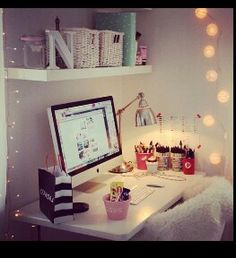 Cute computer desk for small rooms. :)