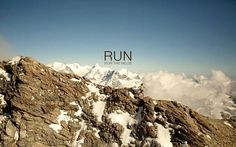 Stuart Birds - running images and pictures - 1920 x 1200 px Motivational Quotes Wallpaper, Motivational Pictures, Images Wallpaper, Wallpaper Quotes, Kilian Jornet, Running Images, Charity Run, Running Motivation, Running Quotes