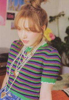 Wendy Red Velvet, Red Velvet Irene, South Korean Girls, Korean Girl Groups, Rv Wallpaper, Red Velet, Blackpink Funny, Photoshoot Concept, Seulgi