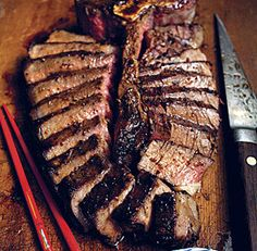 with Garlic-Soy Sauce Marinade Quick Marinade. Porterhouse with Garlic-Soy Sauce Marinade - Fine Cooking Recipes, Techniques and TipsQuick Marinade. Porterhouse with Garlic-Soy Sauce Marinade - Fine Cooking Recipes, Techniques and Tips Grilled Steak Recipes, Grilling Recipes, Meat Recipes, Vegetarian Grilling, Healthy Grilling, Barbecue Recipes, Barbecue Sauce, Vegetarian Food, Recipies
