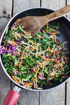 It was literally freezing outside this morning which was a sad change from the 70+ degree weather that we've been having in Nashville lately. Of course it's nice ALL week long while I'm trapped at my desk in an office with no windows but as soon as I'm ready to get outside, the temps drop … Warm Salad, Quinoa Salad, Gourmet Salad, National Nutrition Month, Different Salads, Salad Kits, Stuffed Peppers Healthy, Savory Salads, Salad Dishes