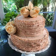 Sra Flor - Bolo para casamentos rústicos, modernos, vintages e criativos. Bolos bonitos e saborosos!